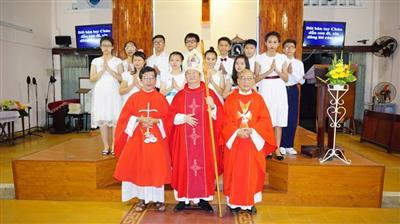 Giáo xứ Thánh Giuse: Hồng ân Chúa Thánh Thần