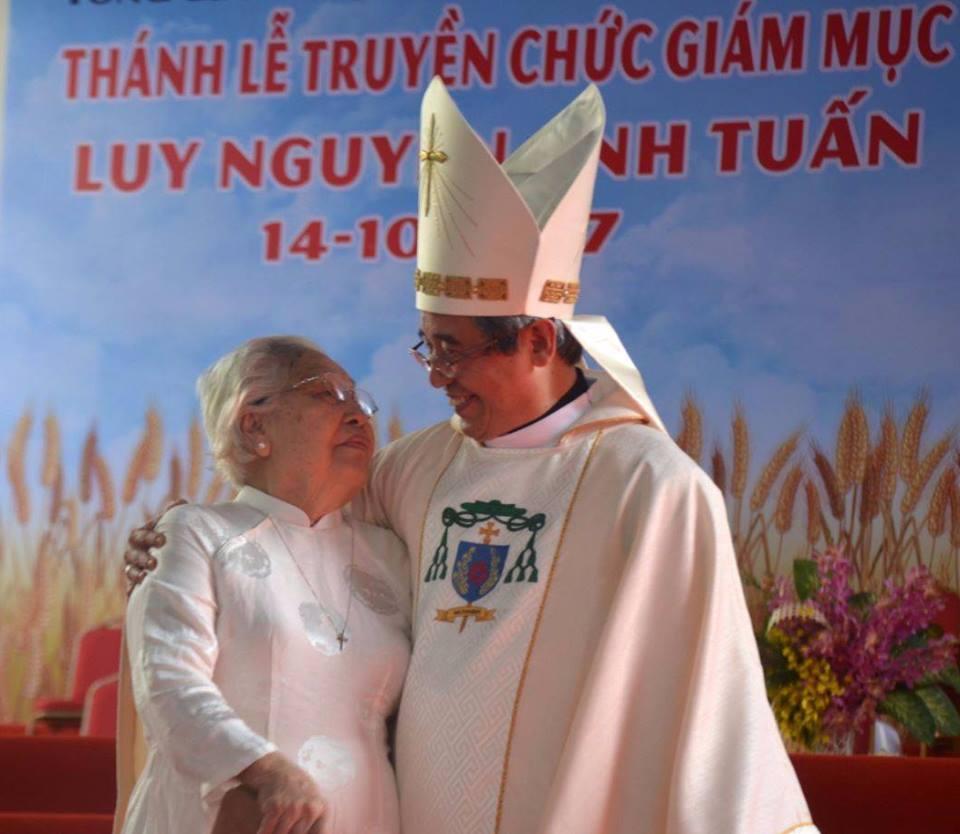 Đức tân Giám mục Luy Tuấn