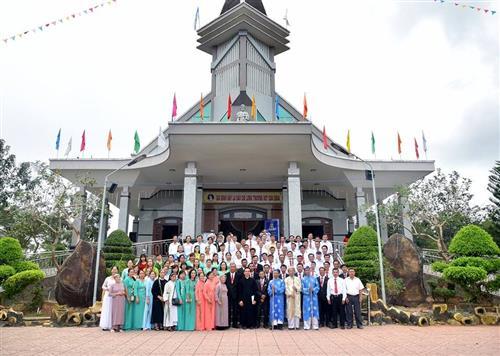Giáo phận Xuân Lộc : Đức Mẹ về đến Giáo xứ Phú Sơn