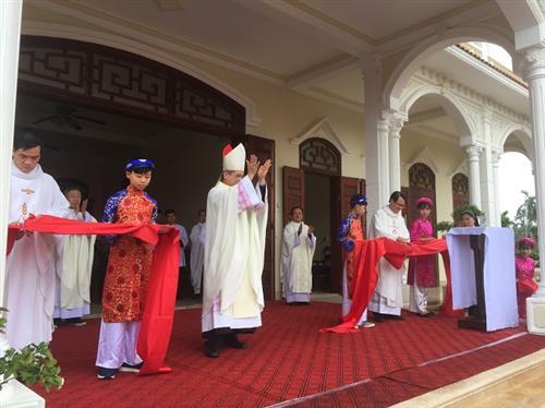 Ninh Mỹ khánh thành nhà Mục vụ và Nhà Giáo lý