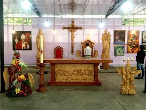 Dòng Chúa Cứu Thế: Triển lãm tượng ảnh nghệ thuật Thánh