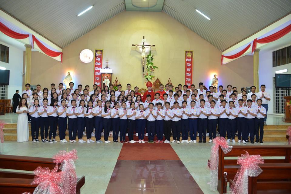Thánh Lễ ban Bí Tích Thêm Sức tại Giáo Xứ Thiên An