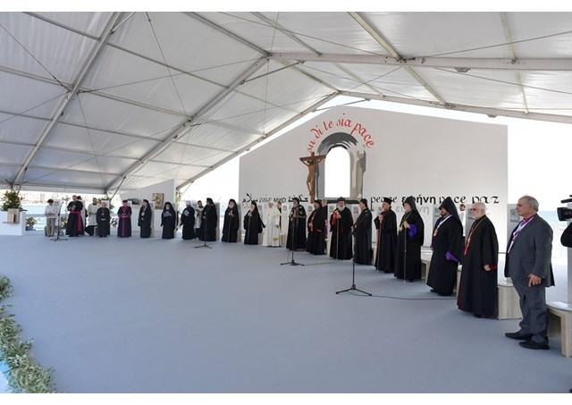 Đức Thánh Cha và các Thượng Phụ cầu nguyện cho hòa bình Trung Đông