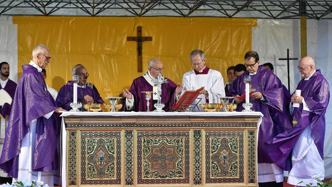 Bài giảng của Đức Thánh Cha trong thánh lễ cầu cho các đẳng linh hồn tại nghĩa trang Laurentino