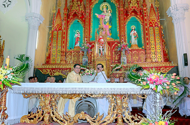 Giáo xứ Xuân Thuỷ đón cha xứ mới