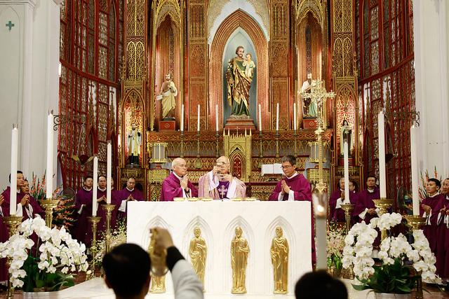 Đức cha Lô-ren-xô Chu Văn Minh dâng Thánh lễ kỷ niệm 10 năm Giám mục