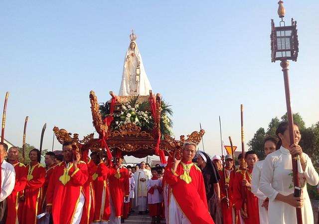 Đức Mẹ Fatima thánh du về giáo xứ Phủ Lý - Sở Kiện