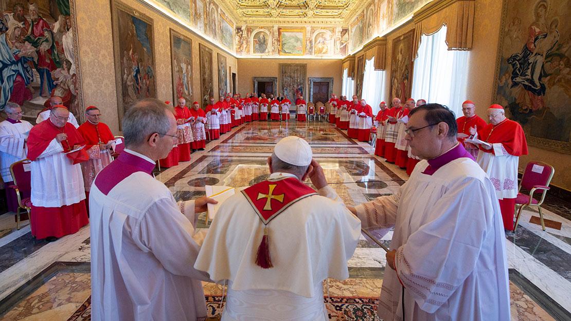Công bố các Sắc lệnh của Bộ Tuyên Thánh. Giáo Hội sắp có thêm 2 vị thánh mới cùng với 1 Chân Phước và 5 Bậc Đáng Kính