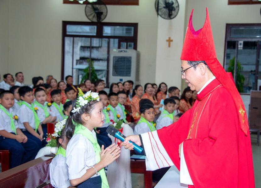 Giáo xứ Hà Nội: Hồng Ân Thánh Thần