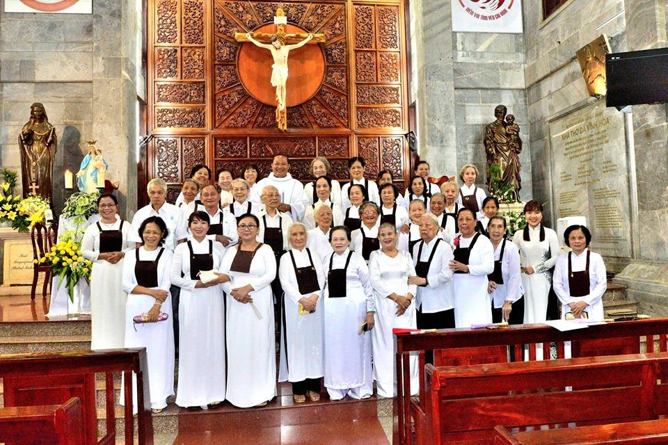 Thánh lễ Đức Mẹ Núi Cát Minh