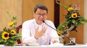"""ĐGM Phêrô Nguyễn Văn Khảm thuyết trình """"Làm việc Tông đồ với Hội Thánh"""" trong Khóa Thường Huấn cho các nữ tu"""