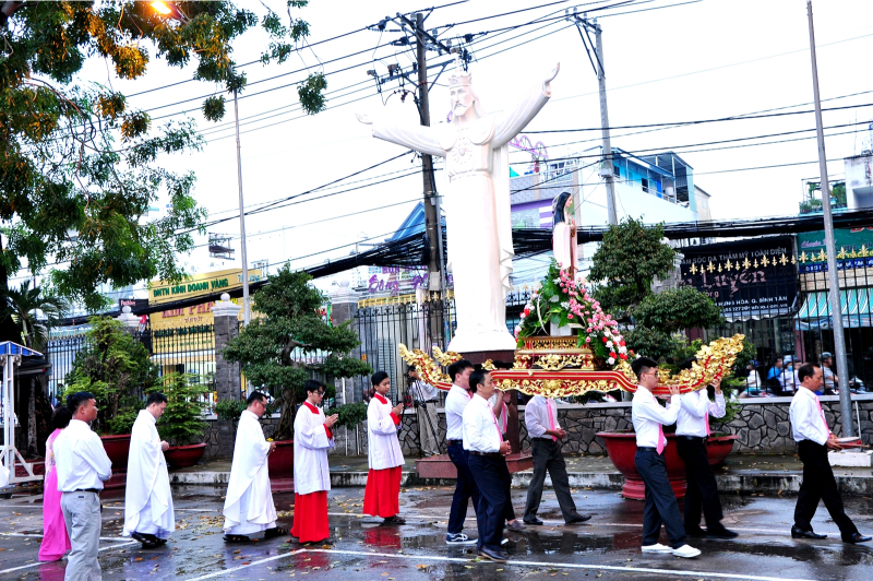 Giáo xứ Bình Thuận (Tân Sơn Nhì): Mừng Lễ Thánh Têrêsa