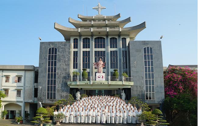 Linh mục đoàn Bùi Chu tĩnh tâm năm 2019