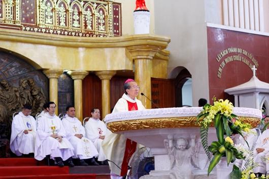 Giáo xứ Chính toà Thái Bình: Thánh lễ Đại Triều Mừng Chúa Giáng Sinh 2019