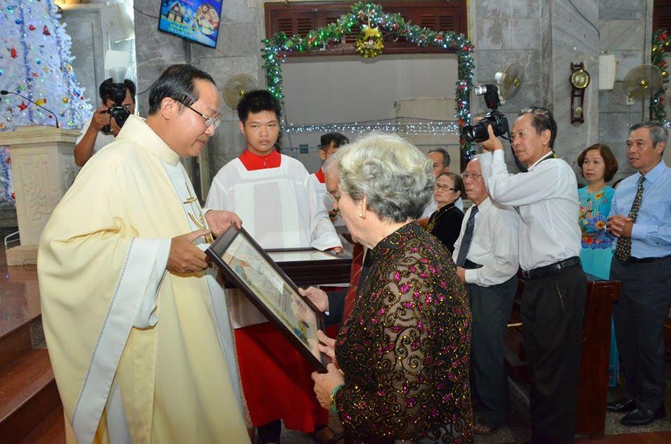 Giáo xứ Vĩnh Hòa: Thánh lễ kỷ niệm Hôn phối