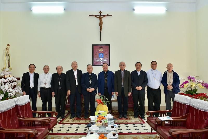 Các Đức Giám mục Giáo tỉnh Hà Nội họp mặt Tất niên năm Kỷ Hợi
