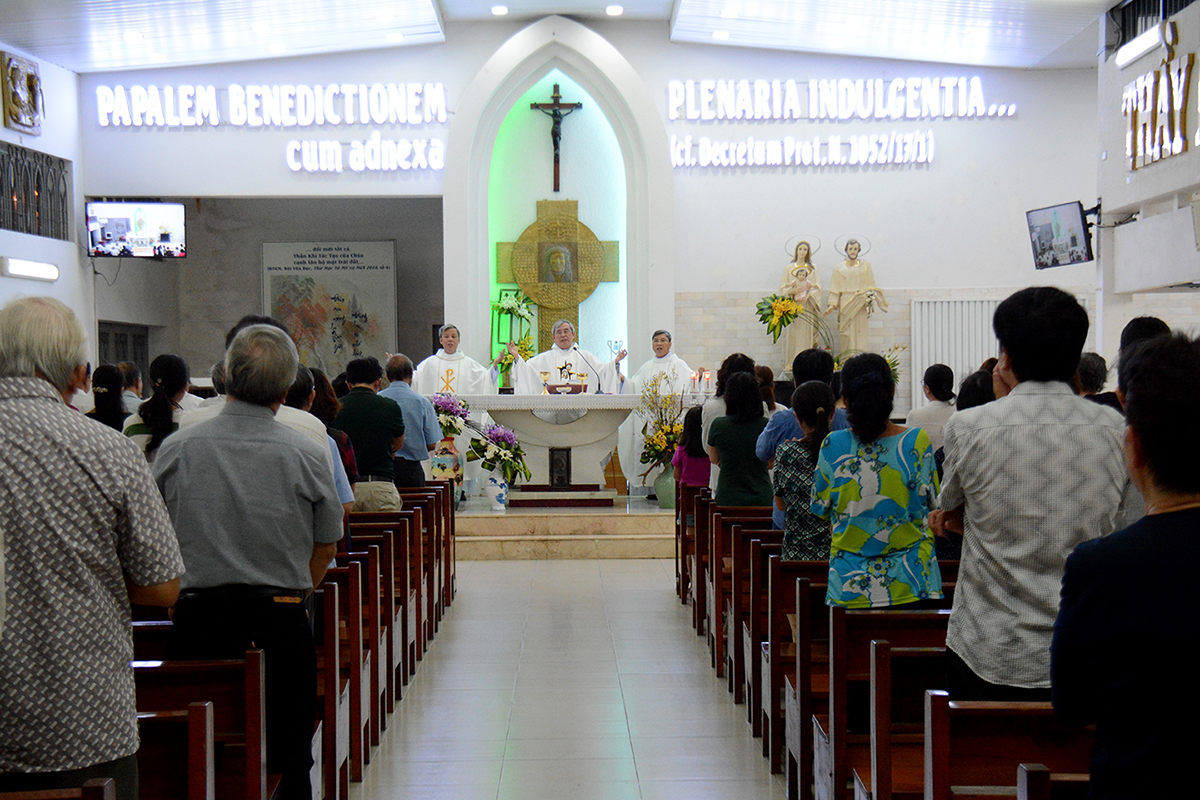 Giáo xứ Thánh Tống Viết Bường: Thánh lễ tạ ơn tất niên Cộng đoàn Giáo hội cơ bản