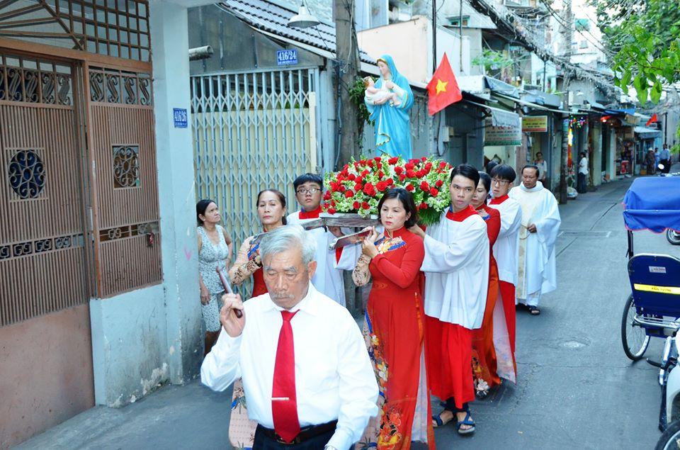 Giáo xứ Vĩnh Hòa: Mừng bổn mạng ca đoàn Thánh Mẫu